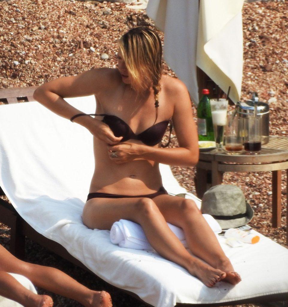 maria-sharapova-in-bikini-at-a-beach-in-montenegro-07-19-2015_6