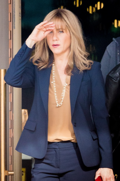 20151215jennifer-aniston
