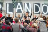Lady Gaga könnyekben tört ki az orlandói áldozatok neveit olvasva