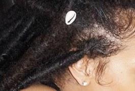 Unokahúgával meztelenkedik a barbadosi popdíva, Rihanna